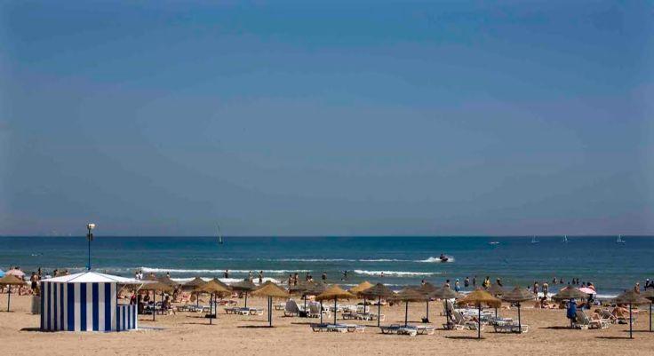 Spiaggia di La Malvarrosa.jpg